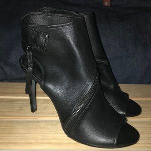 Dolce Vita Hal Black Leather Pump Heel
